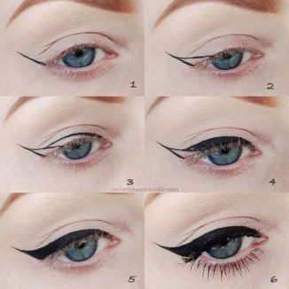 Winged Eye Liner Step by Step
